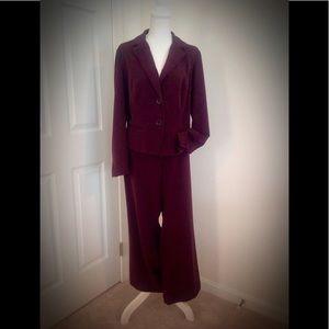 Women's LANE BRYANT 2-piece pantsuit. Size 14.